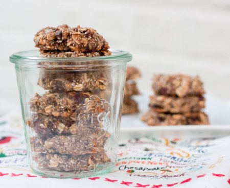 chia-oatmeal-breakfast-cookies